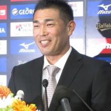 オリックス平井が引退会見 連覇支えた快速右腕