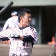 侍ジャパン初選出の雄平が背番号の理由を明かす 「4+1=5ということで5番」