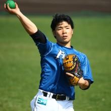 日本ハムが新背番号を発表 西川「7」、近藤「8」、大野「27」