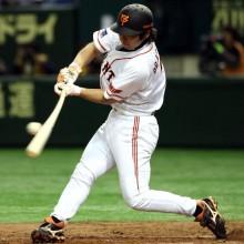 中日・和田が通算2000安打達成 捕手からコンバートされて活躍した選手は?