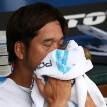 高知・藤川、わずか5球で危険球退場!「申し訳ありませんでした」