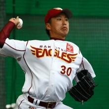 今季で引退した楽天・永井 背番号30を受け継いだ長谷部にエール