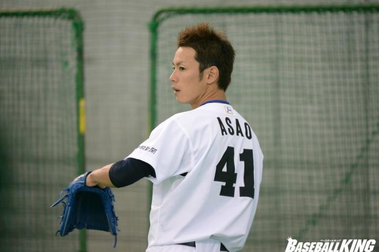 野球をする姿がかっこいいイケメン浅尾拓也