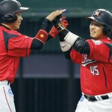 6月度の月間MVPが発表 ロッテ・田村が球団捕手24年ぶりの受賞!