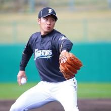 背番号が変更となった斎藤佑樹 「1」をつけた選手といえば…