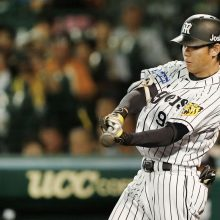 躍動するルーキー阪神・高山俊 球団と歴代新人の打撃記録は?