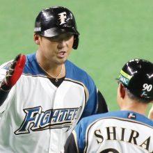 日本ハム、一発攻勢で2勝2敗のタイ 中田が同点弾&レアード決勝2ラン!