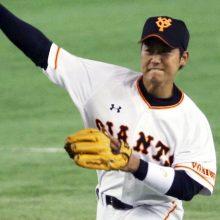 """""""躍動するルーキー"""" 正二塁手争いに名乗りを挙げた巨人・山本泰寛"""