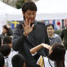 斉藤和巳が小学生と大運動会!「今のうちにたくさん遊んで勉強して」