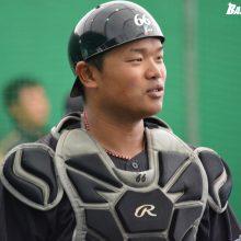 日本ハムがソフト出身・大嶋と2年目右腕の高良に戦力外通告