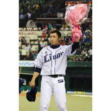 西武・栗山「通算1500試合出場」達成…「もっともっと試合に出たい」