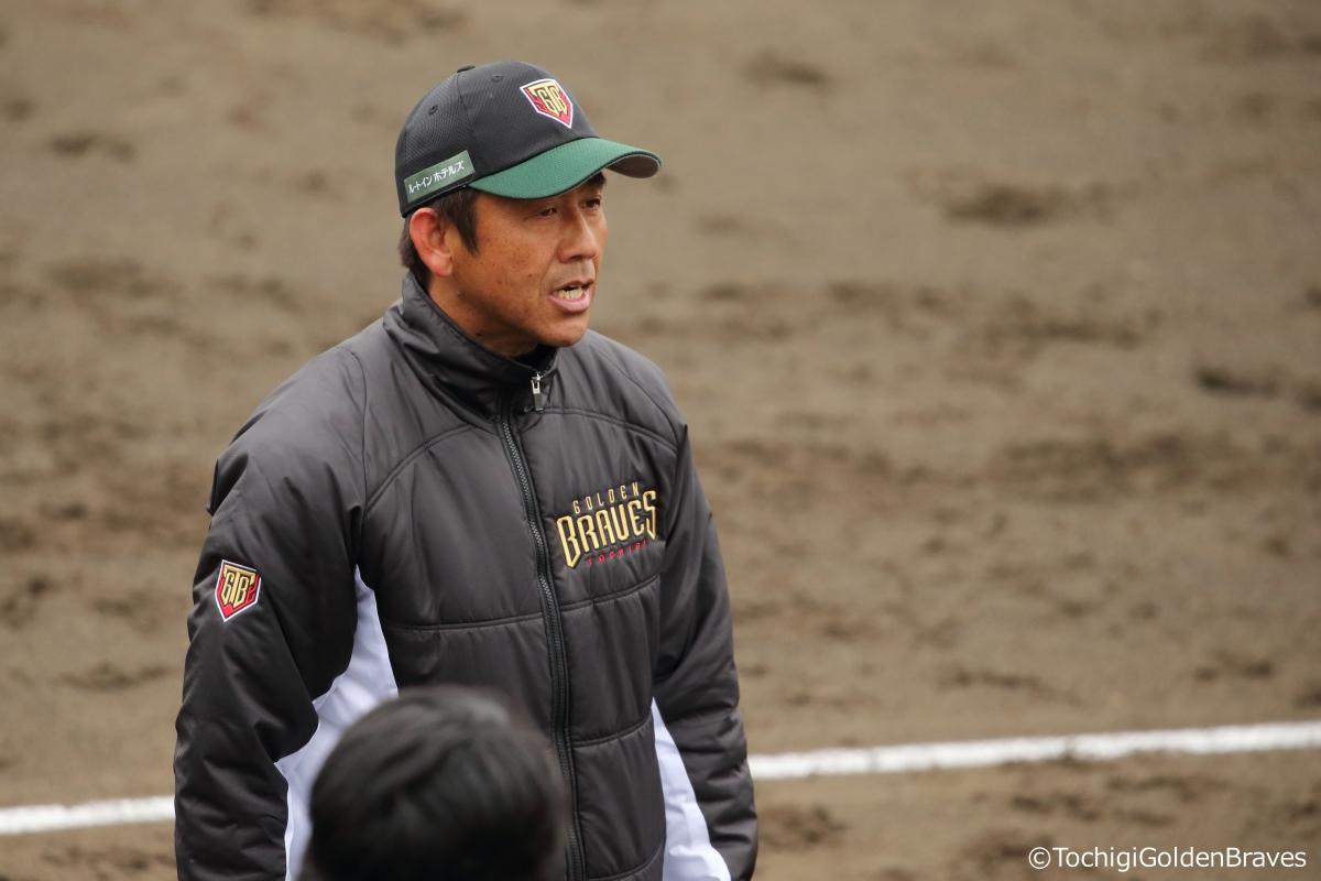 """BASEBALL KING   日本の野球を盛り上げる!4度の""""戦力外""""を経験した男の挑戦"""