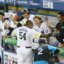 【球宴】全パ連勝、MVPは鷹デスパイネ お立ち台で感謝の「デスパいいね!」