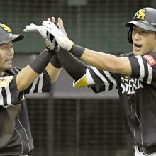 ソフトバンクV、広島は持ち越し…セ3位争いはDeNAが先勝 16日のプロ野球まとめ