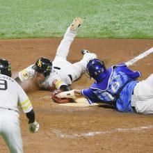 7回のDeNA・梶谷の送球に田尾氏「一塁側ファウルゾーンにそれちゃうと…」