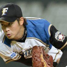 日ハム榎下が現役引退を発表 今後は球団職員、同期入団の斎藤から花束