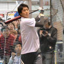 イベント参加の山田哲人「シーズンにマックスの状態で入れるように」