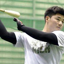 """プロ野球は""""三塁手難""""の時代へ…?高卒野手に相次ぐ三塁コンバート案"""