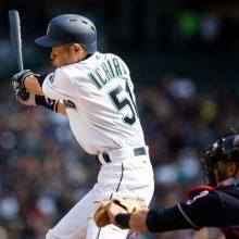 イチロー、マルチ安打&本塁打キャッチ 攻守でファンを沸かせる