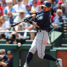 【MLB】イチロー「6番・右翼」で2安打2四球
