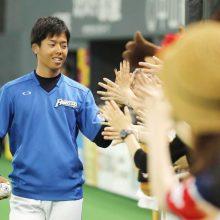 巨人がクックを抹消、日本ハムは杉浦を登録 23日のプロ野球公示