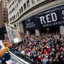 レッドソックスが優勝パレード 5年ぶり9度目のワールドシリーズ制覇