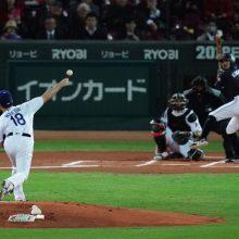 侍J、菊池の決勝スクイズで逆転勝ち MLBは前田が2回0封も逃げ切り失敗