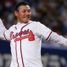 日米野球・豪華始球式のラストは川上憲伸氏 「非常に緊張しました」