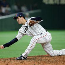 """""""玄界灘のサブマリン""""高橋礼が好投! MLBの若武者ソトも称賛「違う球を投げる」"""