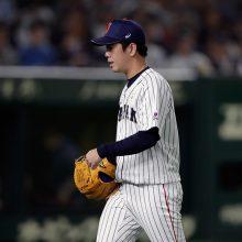 侍の先発・多和田が5回途中5失点で降板…モリーナが3ラン