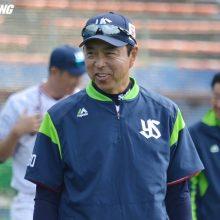 燕・小川監督、6回の代打は「点を取りにいくという選択」