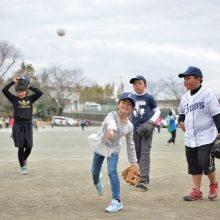 西武が埼玉県内の低学年約11万人にオリジナルキャップを贈呈!栗山「元気に外で遊んでもらえるとうれしい」