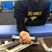 【少年野球トレーニング】「野球肘」を予防するダンベルトレーニング