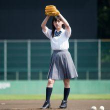 """""""21世紀野球女子""""として注目の池田朱那さんが女性タレント最速球103キロ越えに挑戦!"""