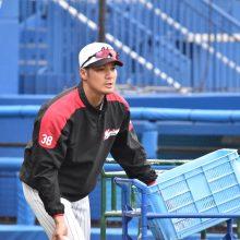 ロッテの伊志嶺翔大コーチが隔離期間を終えてチームに合流