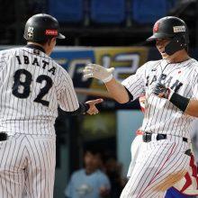 侍ジャパン、鈴木の3ランなどで4点先制! 高橋礼は5回までパーフェクト