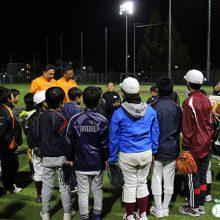 「投げる」「捕球する」の基本を楽しく学ぶ「大枝公園ベースボールアカデミー」