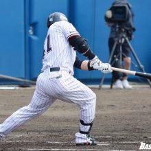 ヤクルト雄平、4番で貫禄の先制打 鯉のドラ1撃ち「上手く対応できた」