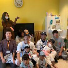 巨人・炭谷と西武・武隈が子どもたちを支援! おもちゃなどの購入費用として100万円を寄付