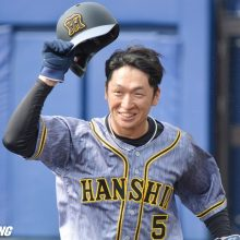 真中氏、阪神・近本のジャンピングキャッチに「素晴らしいプレー」