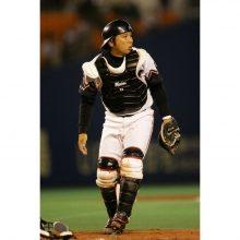 【ロッテ】10月4日の西武戦で里崎氏が始球式に参加「楽しみにしています」