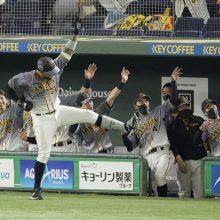 阪神、クリーンナップ揃い踏み5本塁打! 伝統の一戦でも勢い止まらず7年ぶり8連勝