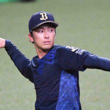オリックス・福田が不慣れな中堅守備で痛恨の頭越え…真中氏「一番難しい打球」