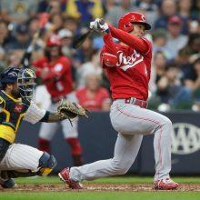 レッズ・秋山、代打で出場も空振り三振 打率.221、出塁率.287で前半戦終了