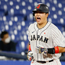 侍ジャパン・村上が先制ホームラン 勝てば金メダルの決勝で貴重な一発