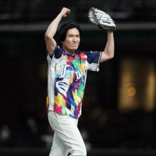 熱烈レオ党ピアニスト・清塚信也さんが始球式に登場!「プロ野球に感謝」