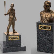 西武、栗山の等身大銅像を990万円で受注販売 2000安打の快挙記念グッズを展開